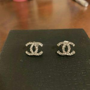 Earrings mwme